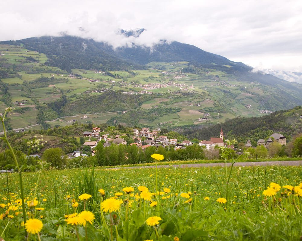 Umgebung des Bauernhofes: Gufidaun – Klausen – Eisacktal